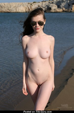 Image. Emily Bloom - nude nice girl with medium natural tits photo