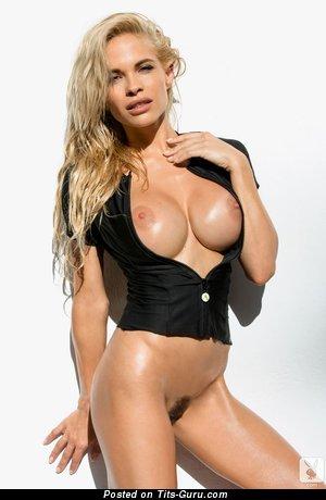 Image. Dani Mathers - beautiful woman pic