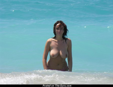 Image. Naked beautiful lady with big natural boobs pic
