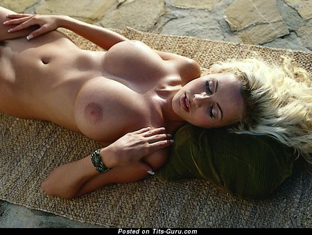 Image. Naked awesome lady with big tittys image