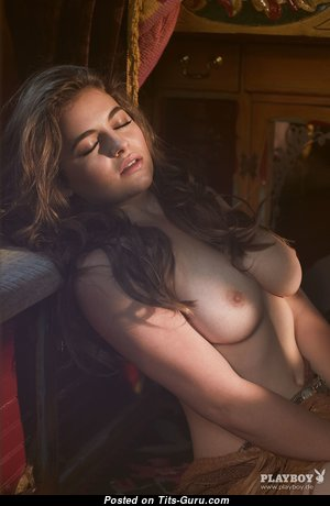 Awesome Babe with Awesome Defenseless Natural C Size Chest (Hd Sex Photoshoot)