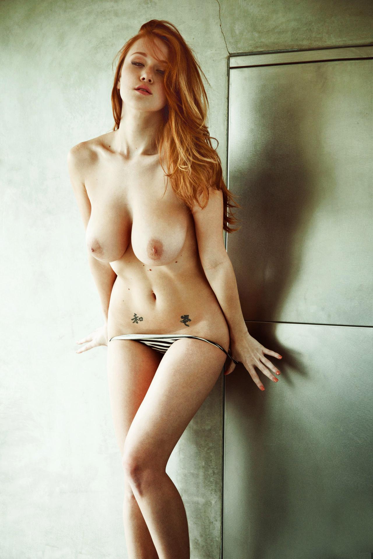 Фотки голые девчата 23 фотография