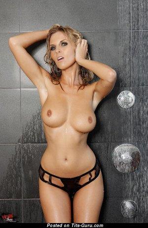Image. Chikita - sexy nude blonde with medium boob pic