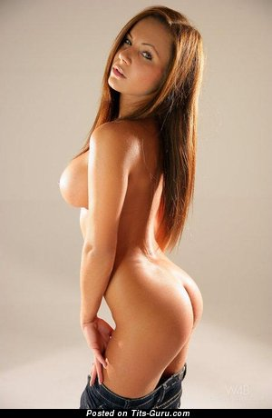Marvelous Woman with Marvelous Nude Round Fake G Size Boob (Sex Pix)