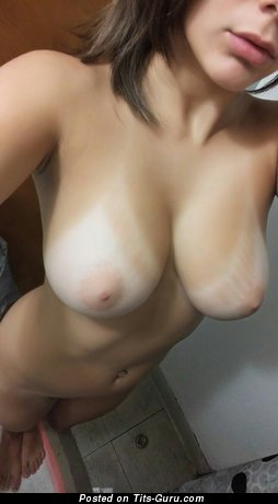 Image. Sexy naked hot girl with medium natural tittys selfie