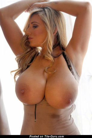 September Carrino - The Nicest American Blonde with Amazing Bare Very Big Boobie & Piercing (Sex Photo)