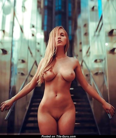Stunning Babe with Stunning Bare Real C Size Chest (Hd Sex Image)