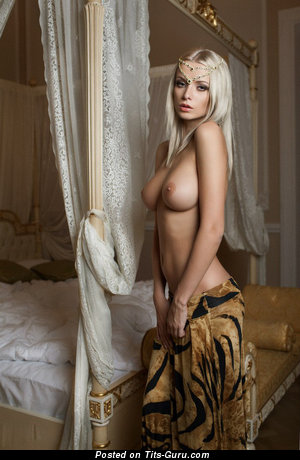 Image. Nude wonderful woman with big natural tittys photo
