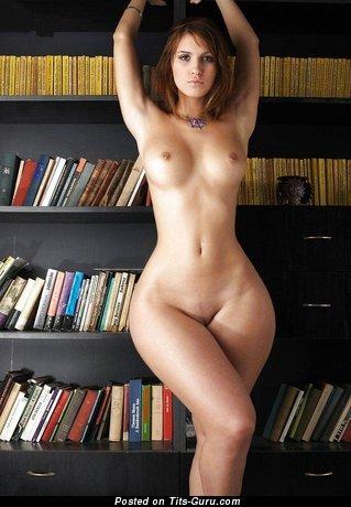 Изображение. Фото горячей голой женщины