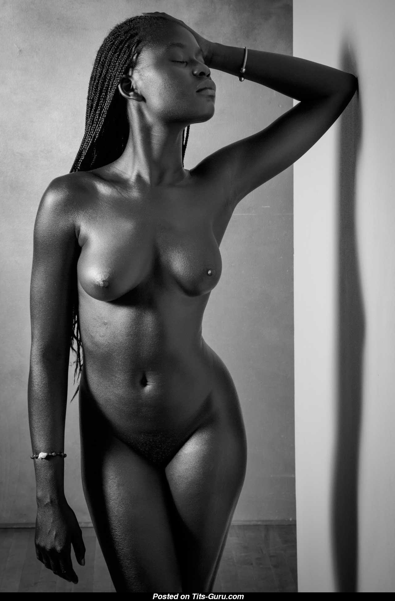 Красивые негритянки фото голые