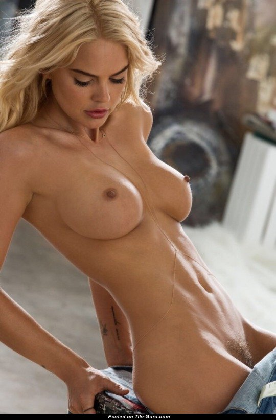 Topless Blonde Babe With Bald Normal Tit Sex Image 0112 -2038