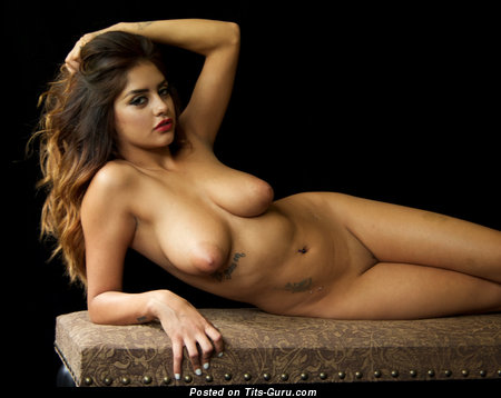 Mila Rose - naked brunette with medium natural tittes and big nipples pic