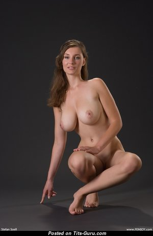 Wonderful Babe with Wonderful Nude Natural Firm Jugs (Hd 18+ Foto)