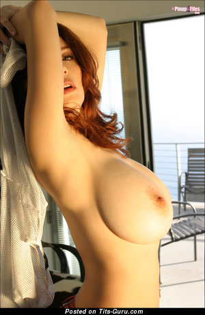 Danielle Riley - Gorgeous British Red Hair Babe with Gorgeous Exposed Big Sized Knockers (Hd Sexual Foto)