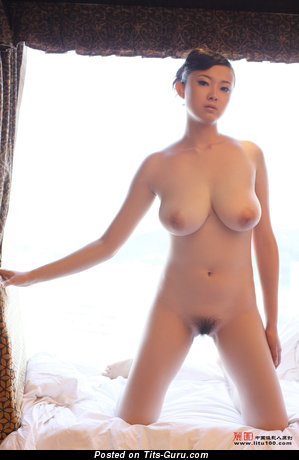 Bing Yi - Superb Chinese Miss with Superb Bald Real Med Knockers (Hd 18+ Photoshoot)