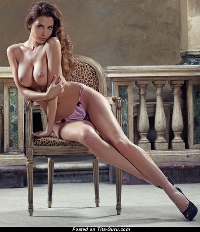 Image. Naked amazing girl with natural breast image