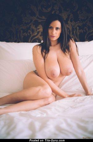 Sensual Jane - Amazing Romanian Pornstar with Amazing Bare Natural Big Sized Titty (Hd Sex Wallpaper)
