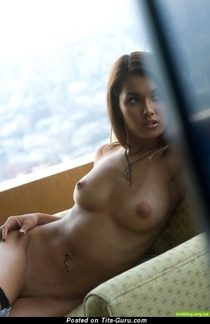 Dazzling Red Hair with Dazzling Nude Natural Med Titty, Tan Lines & Piercing (Porn Pix)