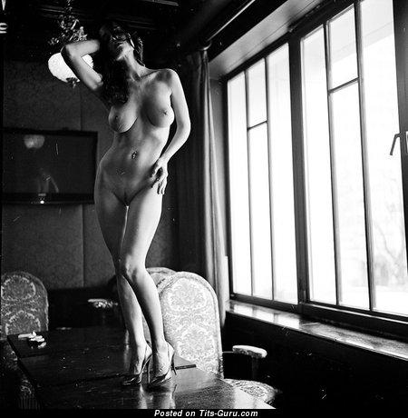 Eugenia Diordiychuk - Pleasing Ukrainian Doxy with Pleasing Open Soft Titty (Xxx Photoshoot)