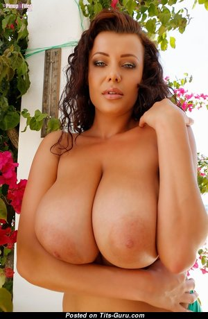 Cute Topless & Glamour Housewife & Babe (Hd Xxx Foto)