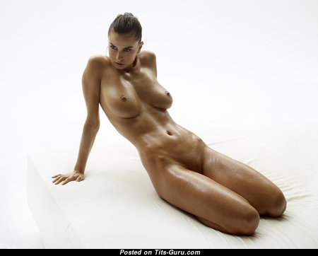 Good-Looking Topless Brunette Babe with Good-Looking Bare Real Firm Boobies (4k 18+ Wallpaper)
