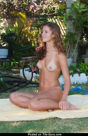 Image. Naked beautiful girl with medium natural tittys picture