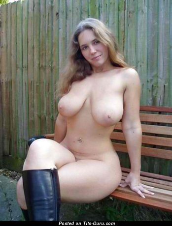 Image. Sexy naked blonde with medium natural breast image