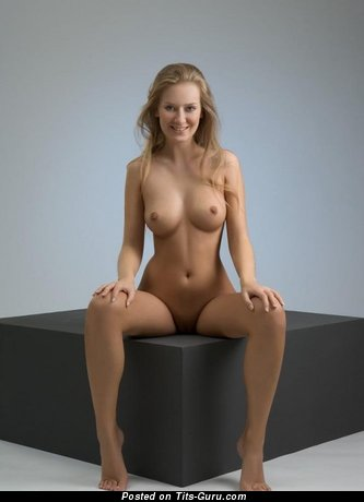 Image. Naked hot lady with natural breast photo