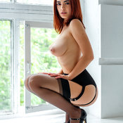 Elegant Babe with Elegant Nude Real Firm Tots (Hd 18+ Foto)