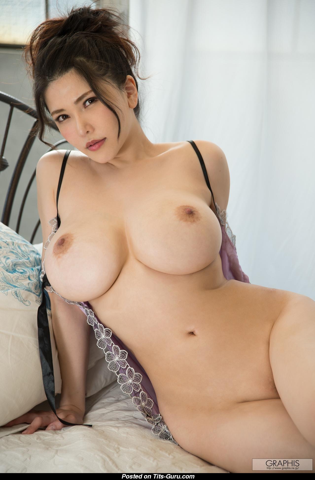 Nude women spreading pussy