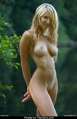 Sexy topless amateur blonde with medium boobs pic