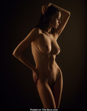 Wonderful Undressed Babe (Porn Image)