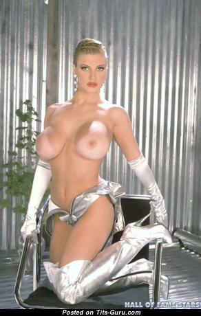 Brittany Andrews - Sexy Topless American Blonde Pornstar (Xxx Foto)
