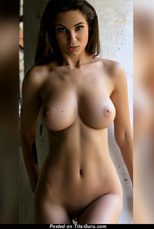 Amazing Babe with Amazing Bare Natural Normal Knockers & Big Nipples (Hd Xxx Photoshoot)