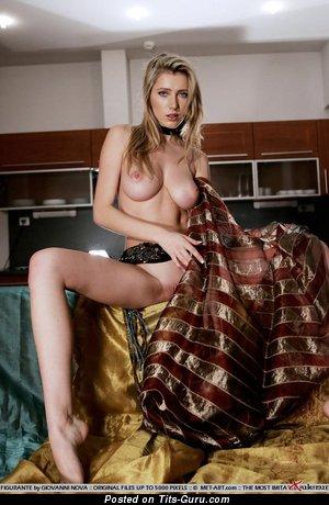 Изображение. Фотка восхитительной голой женщины