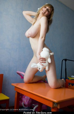 Alena A Modelflats: naked hot female with big natural tots picture