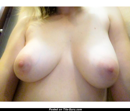 Pretty Topless College Blonde Girlfriend with Pretty Naked Natural Tit & Erect Nipples (on Public Leaked & Selfie 18+ Pix)