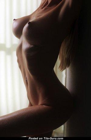 Gorgeous Undressed Girlfriend & Babe (Hd Porn Pix)
