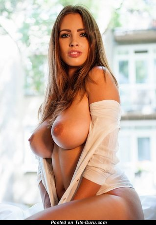 Image. Naked beautiful girl with big tittys pic