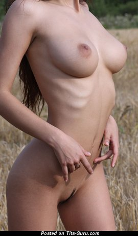 Image. Naked amazing female with big natural tittes picture