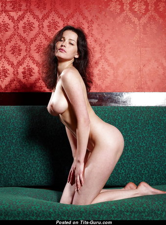 Wonderful Glamour Naked Babe (Hd Sexual Wallpaper)