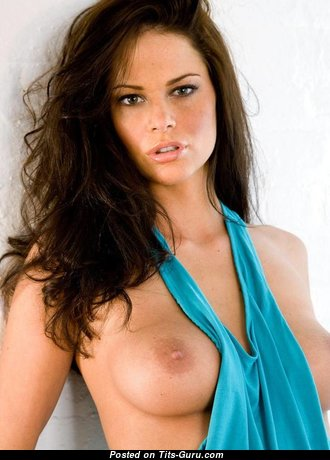 Beth Williams: topless brunette pic