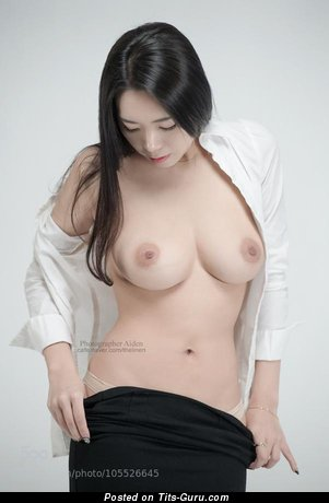 Image. Beautiful woman with natural tittys image