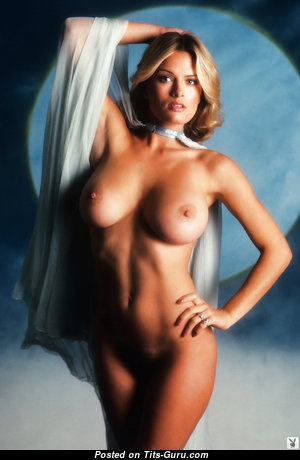 Dazzling Nude Babe (Hd 18+ Image)