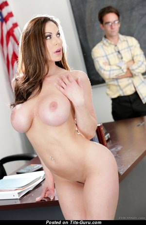 Kendra Lust - Appealing American Red Hair Pornstar, Mom & Teacher with Appealing Bald Silicone Mid Size Tits (18+ Picture)
