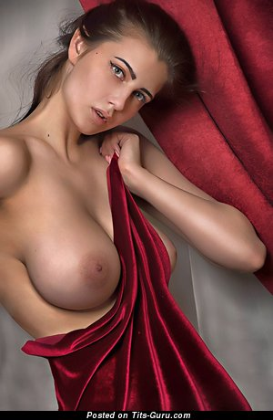 Magnificent Babe with Magnificent Bare Real Medium Chest (Hd Porn Pic)