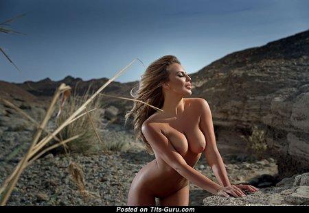 Superb Naked Blonde (18+ Foto) #blonde #boobs #tits #nude #erotic #сиськи #голая #эротика #titsguru
