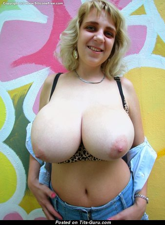 Perfect Topless & Glamour Babe (Sexual Pix)