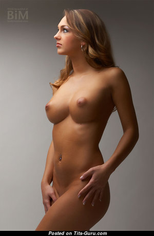 Monika - Superb Polish Red Hair Babe with Superb Bare Real Boobie (Hd Xxx Pic)