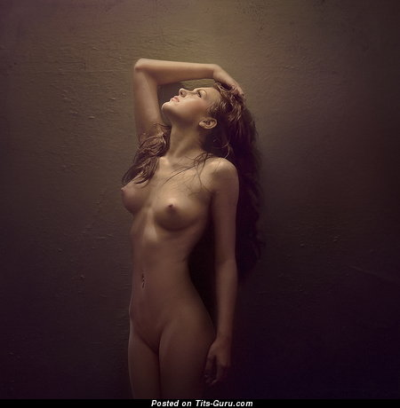 Image. Naked beautiful female pic